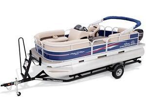 New 18  Sun Tracker pontoon with Mercury 4 stroke included!