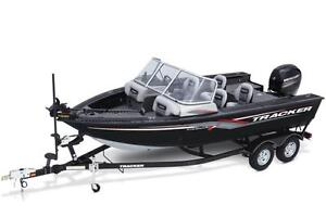 Targa™ V-18 WT w/ 115 EXLPT FourStroke and Trailer