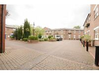 ++ MINUTES TO THE STATION ++ 1 Bedroom Apartment-Oval ++