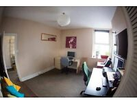 Cheap Office / Work Space Waterloo £6 p/d Fast WIFI