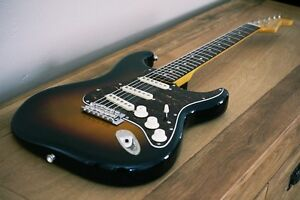Fender Stratocaster 2009 Classic Vibe 60S Sunburst
