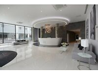 Aldgate - 3 Bedroom Luxury Apartment with balcony and City Views