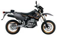 2016 Suzuki DR-Z 400SM 32,75$/SEMAINE