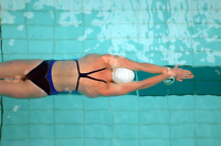 SWIMMING LESSONS - FEMALE INSTRUCTOR W 10 YEARS OF EXPERIENCE