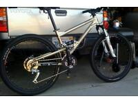Mongoose Canaan Comp 2008 full suspension mountain bike