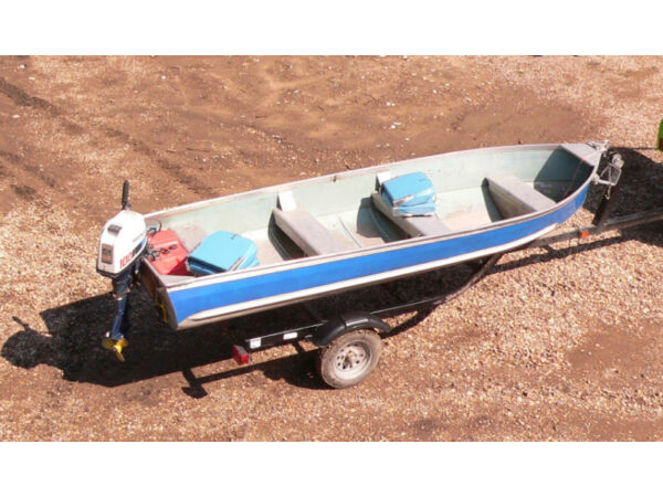 Used 1982 Harbercraft 14' Aluminum Fishing Boat