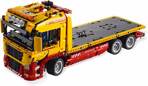 LEGO TECHNIC 8109 - FLATBED TRUCK - ASSEMBLED + 100% complete
