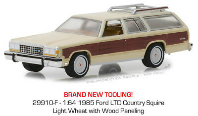 Greenlight Ford LTD Country Squire 1985 Cream w/ Wood Paneling 29910 F 1/64