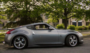 Rare US color combo, Manual,  2009 370Z,  Low KMS!  IMMACULATE!