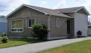 HOUSE FOR SALE - MANITOUWADGE, ONTARIO