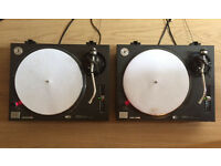 2 x Technics 1210 MK2 Turntables/Decks with Sicmat Slipmats