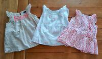 Lot de 3 robes babyGap fille 0-3 et 3-6 mois