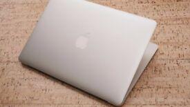 Absolutely Gorgeous Macbook Air 13 inch, Super Sleek Aluminium Design, Full Microsoft Office