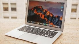 "MacBook Air 13""; - 2017 / 128GB SSD / 8GB RAM / Core i5 / MINT CONDITION"