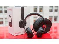 Brand new Beats Solo3 Wireless headphones (Gloss Black)