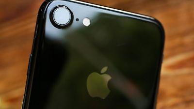 Apple iPhone 8 - 64GB 128GB 256GB - Unlocked SIM Free Smartphone - No Touch ID