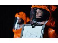 FILM PREMIERE * Amy Adams Jeremy Renner * ARRIVAL * red carpet Headline Gala London Film Festival