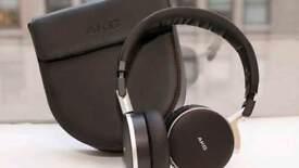 Akg K495 Noise Cancelling Headphones