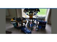 Bat caves bundle in very good condition, figures, car etc. Played with but very much loved