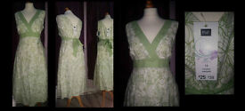 Lovely Ladies Summer Dress Still With Tags