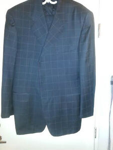 BRAND NEW MEN'S CANALI SUIT
