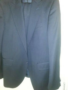 AUTHENTIC BRAND NEW DOLCE&GABANNA MENS SUIT