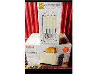 Brand new prolex toaster & 24 piece cutlery set