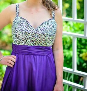 Beautiful Prom/ Graduation Dress - Excellent Condition
