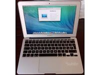 MacBook Air 4 GB Ram 128 GB SSD late 2011 Perfect conditions (Italian Keyboard) + Cath Kidston case