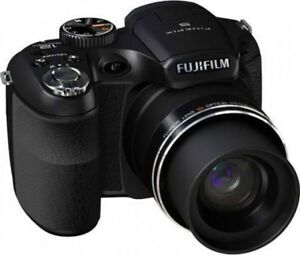 Fujifilm finepix s1800 12 MP