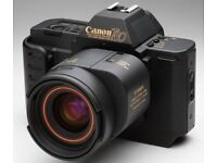 CANON T80 35MM FILM SLR AUTOFOCUS CAMERA WITH THE 35-70mm ZOOM LENS
