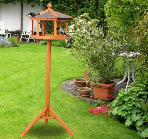 how to clean wooden bird feeders