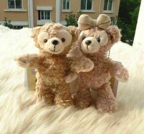 Disney Store Authentic Duffy Bear & ShellieMay Plush Toy Keychain Set of 2