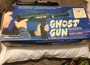 Hasbro ghost gun 1970s pre ghost busters!!!'