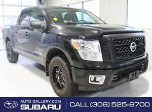 2017 Nissan Titan S | 4X4 | PUSH BUTTON START | V8 | LOW MILEAGE