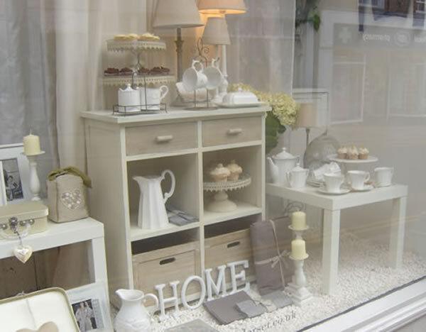 Claire's vintage shop