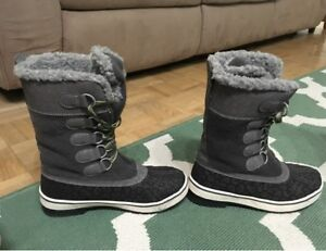 Winter Boots | Buy or Sell Women's Shoes in Barrie