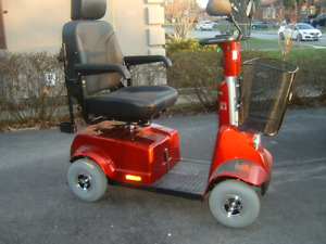 FORTRESS SCOOTER RED  1700 DT 1700 TA