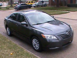 Toyota Camry LE 2009. 127000km