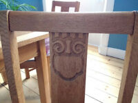 Oak extendable dining table and 6 nmatching chairs