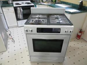 Kitchen Aid gas stove