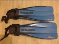 Cressi frog fins and goggles