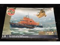 Airfix life boat + raf helicopter