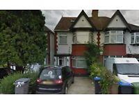 BRILLIANT 6 BEDROOM HOUSE TO RENT IN MEADOW WAY, WEMBLEY, HA9 7LB