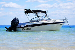 "HALF CABIN COX CRAFT - 5.4M ""RUM RUNNER II"" Dundowran Fraser Coast Preview"