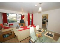 Very nice 2 bedroom flat to rent next to Beckenham Junction station.