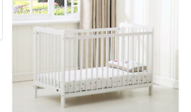 Brand new MCC 4Babies brooklyn cot for sale
