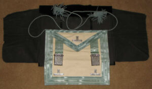 Canadian Masonic Apron REDUCED $$Apron with Silver Trim