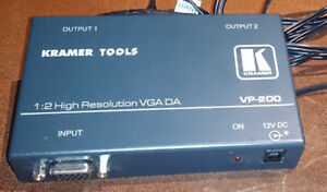 KRAMER VP-200 VGA AMPLIFIER - 2 high resolution outputs