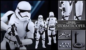 STAR WARS HOT TOYS FIRST ORDER STORMTROOPER  London Ontario image 3